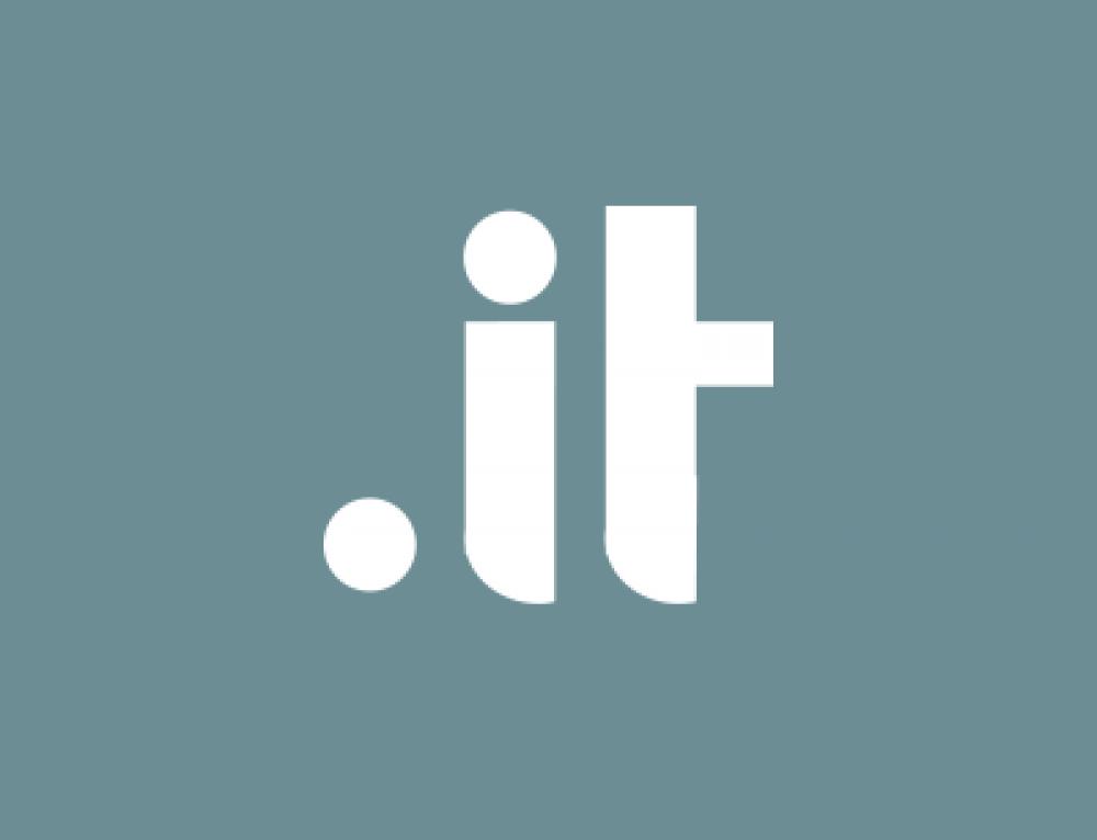 Vinci un corso di #DigitalMarketing con il tuo dominio
